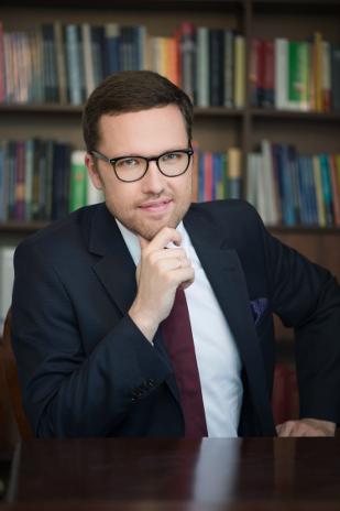 Dr Tymoteusz Zych