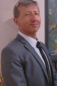 Dr hab. Jan Olszewski